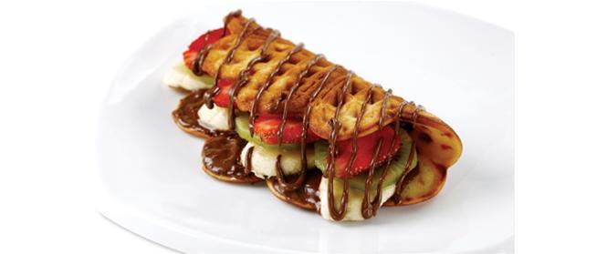 Karışık Meyveli Waffle Tarifi