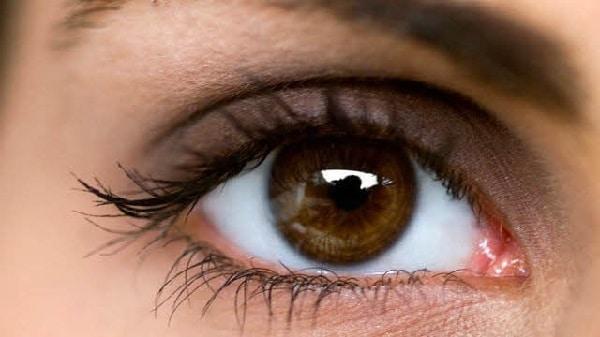 göz tansiyonu belirtileri nelerdir