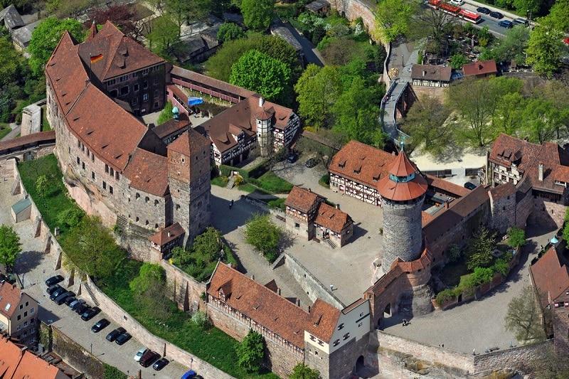 Kaiserburg Nürnberg (Nürnberg Kalesi)