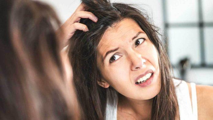 saç derisinde kaşıntı ve kepeklenme