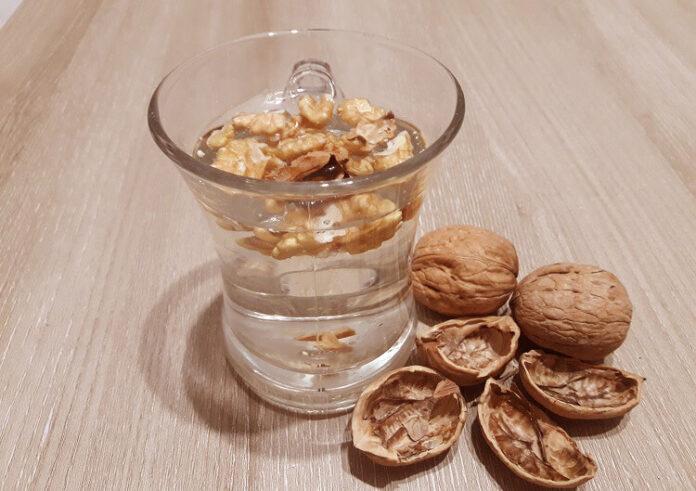 ceviz suyunun sağlığa faydaları
